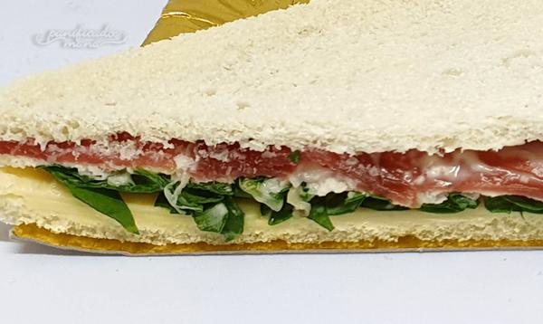 SandwichTripleBondiolaQuesoRúcula